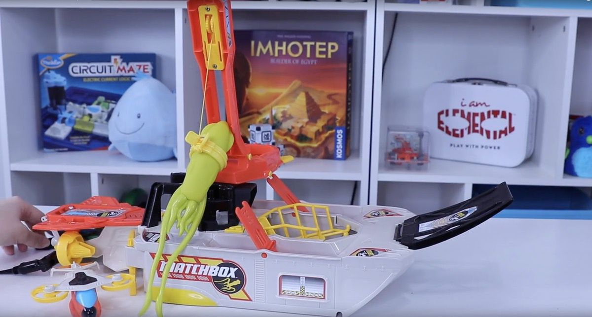 Matchbox Elite Rescue Squid Marine Boat Review