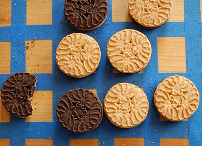 "Cookie Othello "" Homemade Game For Kids"