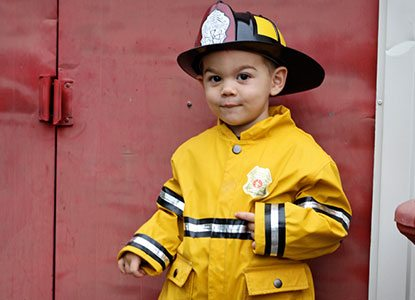 Diy Halloween: A Firefighter and His Dalmatian
