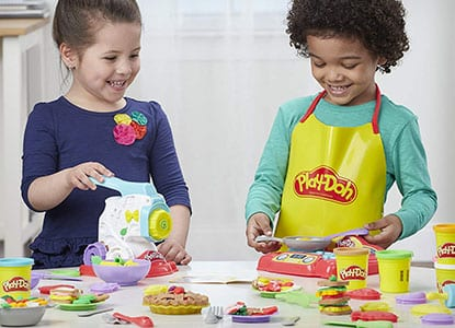 Play-Doh Kitchen Creations Super Chef Suite